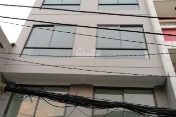 Cho thuê nhà 4 lầu, 12 phòng đầy đủ nội thất, hẻm 6m đường Trần Hưng Đạo, Q. 1, giá: 60tr/th