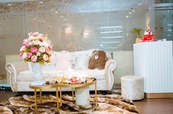 Cho thuê nhà mặt phố Đỗ Quang. DT 100m2 x 2 tầng, MT 12 m, 60 tr/th, LH 0902118648.