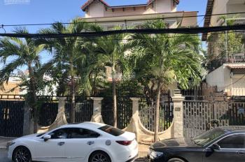 Bán gấp biệt thự song lập, Nguyễn Văn Linh, Phú Mỹ Hưng Q7, để rẻ 30 tỷ, LH: 0911937374