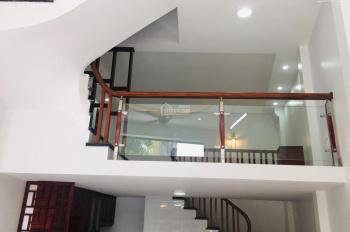 Bán nhà riêng mặt phố Văn Quán, Hà Đông, kinh doanh cực tốt, ô tô 7 chỗ vào nhà. DT 38 m2, giá 4 tỷ