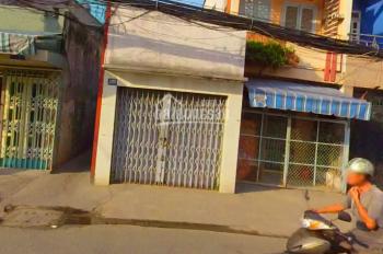 Tôi muốn bán gấp căn nhà đường Hoàng Diệu, quận 4, SHR