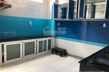 Bán nhà mới giá rẻ tại La Sơn Phu Tử, p6, Đà Lạt