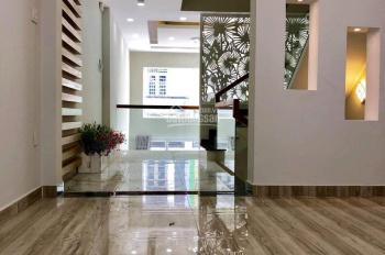 Cho thuê nhà ngay mặt tiền Trường Sa, Phú Nhuận, 4 tầng - ST đẹp, thích hợp làm spa chỉ 18 triệu/th