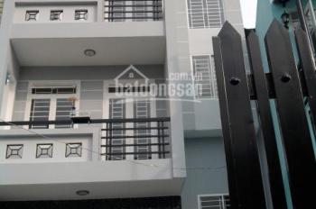 Bán nhà 2 lầu đường Trần Văn Mười - Hóc Môn. Giá bán nhanh 1 tỷ 200 triệu, sổ riêng, đường oto