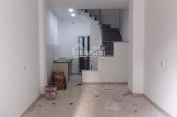 Bán gấp căn nhà xây mới 4,5 tầng tổ 12 Thạch Bàn