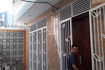 Bán nhà ngõ 121 Kim Ngưu, Lò Đúc, Hai Bà Trưng, lô góc 2 mặt thoáng, sân cổng riêng, giá 3,1 tỷ