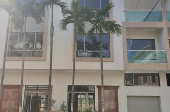 Cẩn bán nhanh căn Biệt Thự xây thô 3,5 tầng đã hoàn thiện bên ngoài, mặt sau nhìn đường Lê Thánh Tô