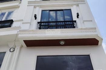 Bán gấp nhà Hẻm 58 Nguyễn Minh Hoàng, Phường 12, quận Tân Bình (4,2mx20m) giá 11,5 tỷ LH 0945106006