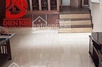 Cho thuê nhà mặt tiền đường Cao Thắng, Phường 12, Quận 10
