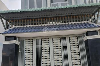 Bán 1 căn nhà riêng 90m2 mặt tiền đường gần chợ Bình Chánh, sổ riêng giá rẻ. LH 0901190069