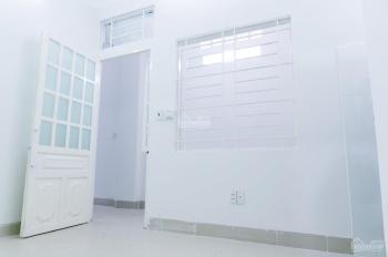 Phòng trọ sạch sẽ, an ninh, khu vực trung tâm mặt tiền Tân Kỳ Tân Quý, Q. Tân Phú
