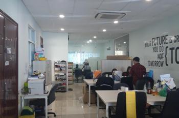 Cho thuê mặt bằng làm văn phòng diện tích lớn, quận Tân Phú, giá rẻ