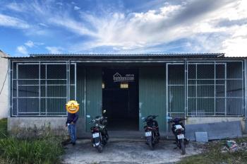 Chính chủ - cần cho thuê kho xưởng 200m2 ở Nguyễn Văn Tạo, đối diện Cha Long, giá chỉ 15tr/tháng