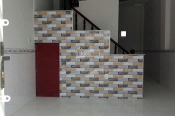 Bán căn nhà mới xây ngay KCN Hoàng Gia xã Mỹ Hạnh Nam, làm việc chính chủ