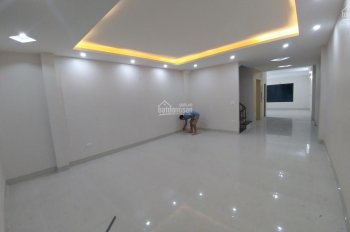 Cho thuê văn phòng, công ty, tại ngõ 199 Hồ Tùng Mậu