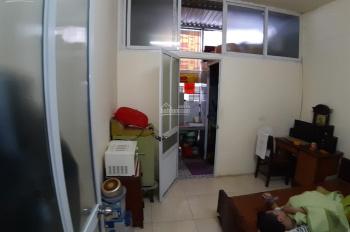 Bán căn hộ TT giá 670 triệu phố Trần Cung, Nghĩa Tân. LH A Minh 0989740437