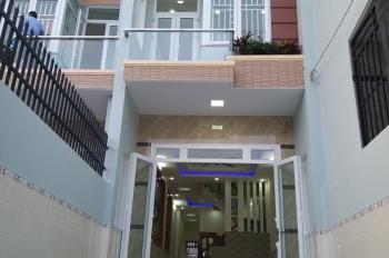 Bán nhà 4mx27.5m, 1 lầu, sổ hồng chính chủ, bao sang tên, đường rộng 8m, giá TL, LH 0969 090 799