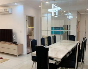 Cho thuê căn hộ Florita khu Him Lam Q.7. Tầng cao view Q.1, 2PN, 2WC. Giá: 20 tr/tháng
