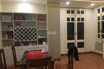 Chính chủ bán nhà riêng tại ngõ 209 Đội Cấn, Ba Đình giá rẻ