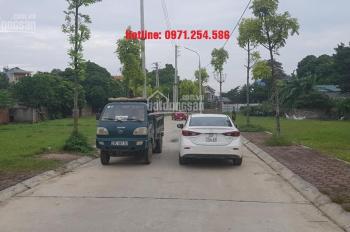 Bán đất TC sát Tùng Thiện, Sơn Tây 107m2 vuông vắn mặt 7.8m đường 7m nhỉnh 900tr. LH: 0971254586