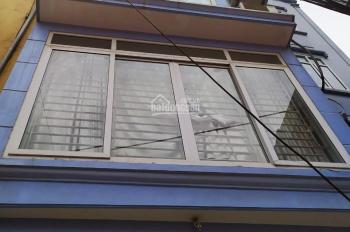 Cho thuê nhà riêng Xuân La, làm văn phòng, ở, bán hàng online 4 tầng, giá 10tr/th 0981959535 A Hùng