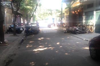 Cho thuê nhà mặt phố Trung Hòa, Trung Yên, diện tích 60m2 x 5 tầng, MT 4.7m, oto đỗ cửa. 0967028228