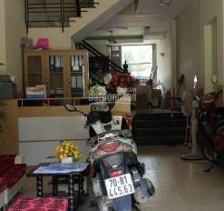 Bán villa mặt tiền đường Số 1 Làng Báo Chí, DT 10x11m, trệt 3 lầu ST, 5PN 6WC. Giá 17,5 tỷ
