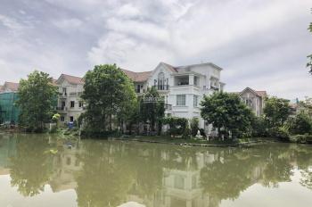 Bán gấp lô Hoa Phượng 4 Vinhomes Riverside, 320m2, ĐN, thửa đất vuông, sông thoáng, giá 22 tỷ