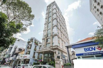 Bán nhà mặt tiền P. Nguyễn Thái Bình, Q. 1, vị trí đẹp, giá rẻ 4.3x22m, CN 87m2, H6L 38 tỷ HĐ 130tr