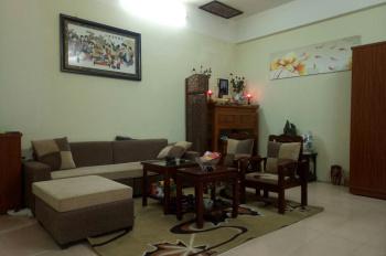 Chính chủ cần bán căn hộ chung cư đẹp tại đường Trần Quý Kiên-Cầu Giấy-HN. Liên hệ 0983398069