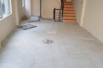 Cho thuê nhà mặt phố Tô Vĩnh Diện 40m2, nhà mới sơn sửa, thiết kế thông sàn - Ảnh thật