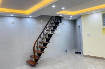 Bán nhà 2 tầng khép kín ngõ phố Yên Ninh, diện tích SD 45m2 nhà mới sửa đẹp về ở luôn, có chỗ để xe