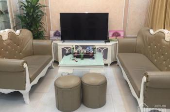Nhà riêng 3 tầng đủ tiện nghi phố Tôn Đức Thắng, ngõ Văn Hương