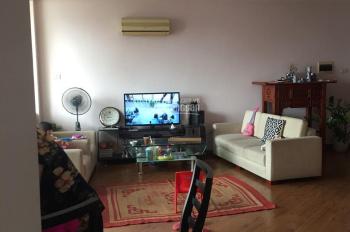 109m2, 3 phòng ngủ, 2 vệ sinh dự án Rivera Park - 173 Xuân Thủy. Nhà đẹp giá chỉ 27tr/m2