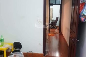 Kinh doanh văn phòng & mặt tiền rộng Yên Hoà, Cầu Giấy 60m2 ô tô đỗ cửa. Chỉ 5,2 tỷ
