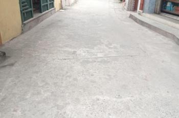Bán đất 2 mặt thoáng vị trí có thể kinh doanh Tổ Yên Hà - TT. Yên Viên- Gia Lâm- HN DT: 42m2 , Nở hậ