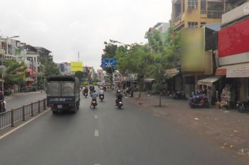 MT Lý Thái Tổ gần BV Nhi Đồng và vòng xoay, Q. 10, giá 18 triệu/tháng