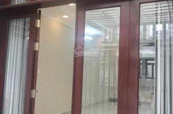 Cho Thuê Nhà Đầy Đủ Nội Thất Hẻm Lớn Lâm Văn Bền ,DT 4X14M,Trệt 1 Lầu Gía 12tr/th- LH: 0914.020.039