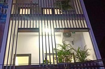 Hạ chào 1 tỷ bán gấp nhà Nguyễn Chánh, kinh doanh cho thuê, vỉa hè rộng, nhà cực đẹp