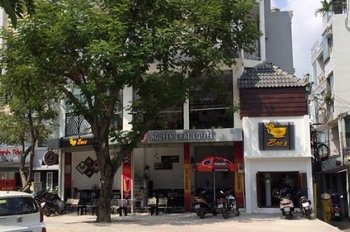 Cho thuê nhà ngay MT Trường Sa Phú Nhuận 4 tầng - ST đẹp, thích hợp làm spa giá chỉ 20 triệu/th