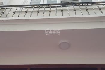 Bán nhà Thanh Lân gần đê Nguyễn Khoái, ô tô đỗ cửa, 35m2 * 5T, giá 2,4 tỷ. LH 0969069832