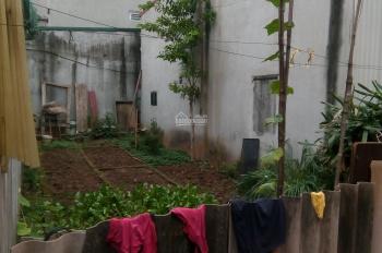 Siêu đẹp đất mặt ngõ khu Quân Đội phố Đức Giang đường 4m oto vào nhà. DT: 33m2 giá: 1 tỷ 480 triệu