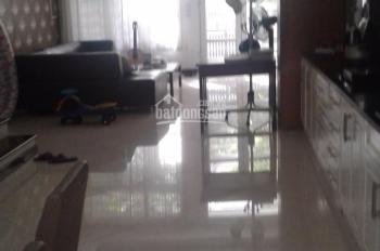 Cho thuê nhà đẹp ở Vạn Bảo, DT: 110m2 x 4 tầng, MT: 5m, giá 45tr/th có thương lượng. LH: 0339529298