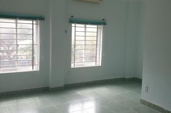 Bán căn hộ Seaview thành phố Vũng Tàu 150m2 có 4 phòng ngủ, chỉ 3 tỷ