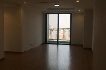 Chính chủ cần bán căn hộ 3PN thoáng sáng DT: 115m2 view quảng trường LH: 0947.189.339