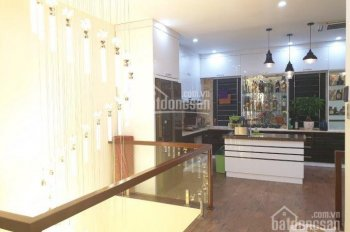 Bán căn Vinhome Bến Đoan đường 10m full nội thất 10,2 tỷ siêu đẹp, quá đẳng cấp, LH 0931791792