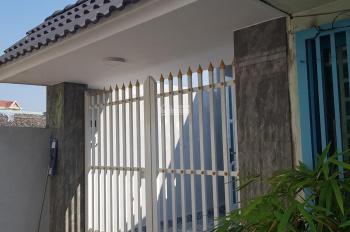 Cần bán căn nhà đường CMT8, Phường Quang Vinh, SHR