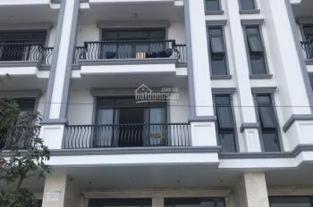 Nhà mới hoàn thiện xong mới 100% 5x22m, hầm + 4 lầu Vạn Phúc, Thủ Đức thang máy giá 25 tr/tháng
