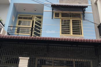 Cho thuê nhà Thảo Điền 4,2x12m có 2 phòng ngủ, 2 WC, đường ô tô giá 18tr/th - LH Mr Dũng 0938026479