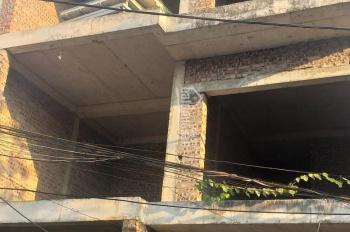 Bán BT liền kề ngõ phố Đặng Vũ Hỷ, Thượng Thanh, LB, phía sau trụ sở công an phường. LH 0903483435